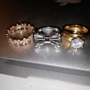 Pandora ring str 18 mm .rosegold 200 kr. Original pris 750 kr.   Prinsessering guldbelagt med stor zirkon sten. 17 mm. 100 kr