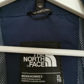 Trofast regnjakke fra The North face