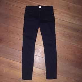 Jeans fra Lee - Næsten som nye - str. W28 L31 - Kun brugt 2 gange  📍Afhentning i Århus C / Kan sendes (på købers regning)