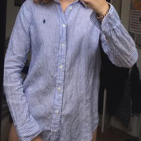 Skjorte i hør fra Ralph Lauren, aldrig brugt