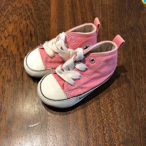 Converse baby sko/futter.  Str. 18