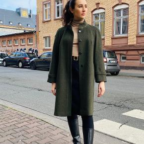 About Vintage frakke