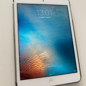iPad model a1432 mini sælges.  I super fin stand, har altid været i cover.
