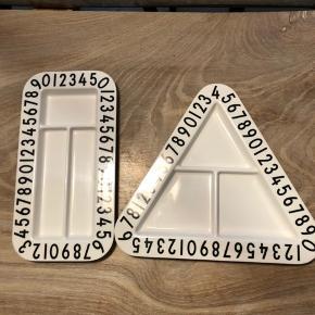 To tallerkner fra Design Letters. Brugt to gange og fejler intet.   Sendes hvis køber betaler porto.  Fast pris! Bytter ikke!  Se gerne mine andre annoncer 😊
