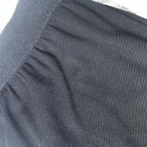 """By Malene Birger """"sunday"""" bukser i str. S Materiale: 52% bomuld, 45% polyester og 3% elastane. Nypris: 1399,- Bud fra: 400,-"""