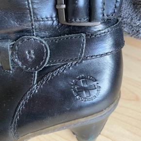 Fede læderstøvler fra Dr. Martens