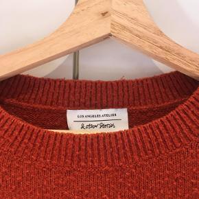 Sweater fra & Other Stories. Brugt, men i rigtig fin stand.