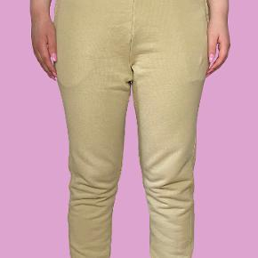 Yeezy Andre bukser & shorts