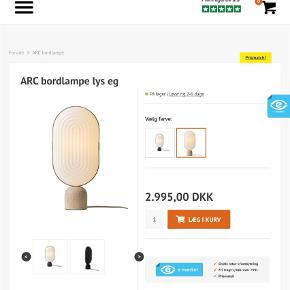 Varetype: Lampe Størrelse: Mellem  Farve: Hvid  Helt ny LeKlint bordlampe i kasse stadig
