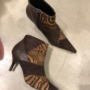 Seje støvler sælges Sender gerne