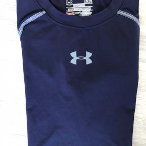 Under armour compressions t shirt