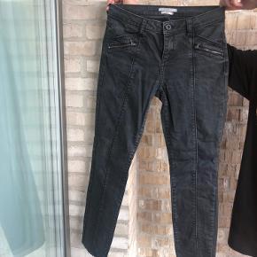 Slidt look Esprit jeans