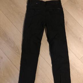 Garcia bukser stand mellem nsn og gmb