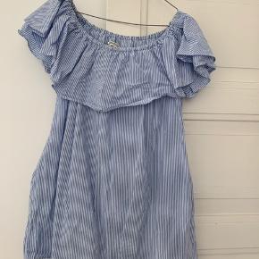 OFF Shoulder kjole