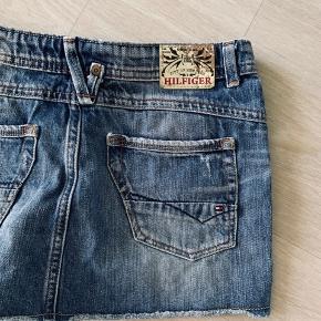 Tommy Hilfiger shorts Størrelse 152 passes af en XS God stand 🍒