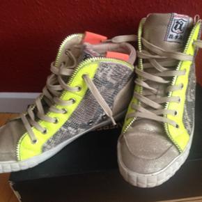 Ash sko & støvler