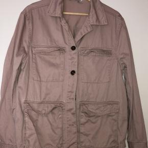 Mega fin jakke sælges billigt