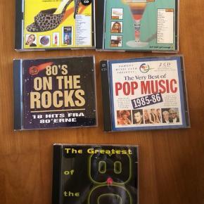105 stk cd'er fyldt med god musik fra 80'erne og 90erne 🎶