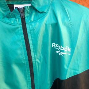 Vintage jakker, Reebok er xl men fitter mindre, super gode stande   250 for begge jakker