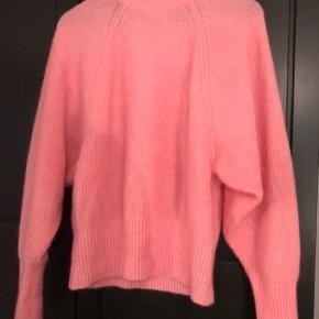 Strik fra H&M Nypris 499 Lavet i angora og uld