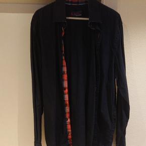 Mads Christensen skjorte, mørkeblå 100% bomuld