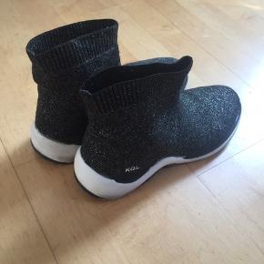 KGL sock trainers købt i Liberty i London brugt i 3 mdr derfor stadig i pæn  brugt stand😀