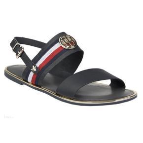 Tommy Hilfiger sandaler - model 2018 Brugt 1 gang, og var en fødselsdagsgave så kvittering haves ikke   Np: 1000kr   Er til at forhandle med; så i er velkomne til at byde:)