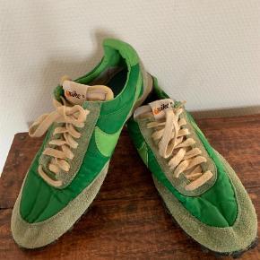 Varetype: Sneakers Farve: Grøn Prisen angivet er inklusiv forsendelse.  Tetro sko - wafles.