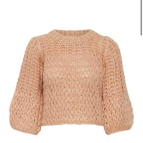 Sælger denne smukke og sweater fra gestuz, da jeg simpelthen ikke får den brugt nok 💗. Der er absolut ingen tegn på slid