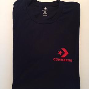 Converse t-shirt Farve: Navy blå Aldrig brugt!  Mp. 75,-