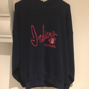 Indiana Cleveland retro sweatshirt. I god stand! 55% polyester 45 % cotton
