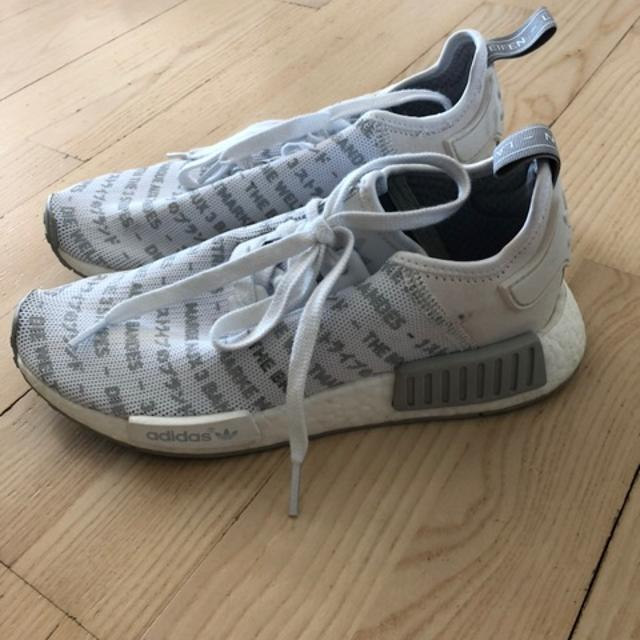 adidas 3 stripes running shoes