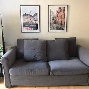 Sælger min sofa, som også kan bruges som sovesofa, da jeg flytter i mindre, og derfor ikke har plads til den..