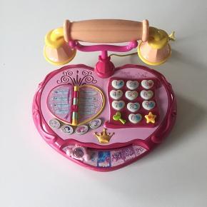 Telefon som virker som den skal kan snakke osv.