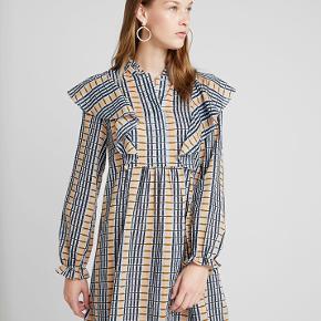 Samsø Samsø kjole 👗Brugt meget få gange. Køber betaler porto 🦁💐