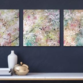 3 nye malerier, sammenhængende, sort kant, med målene 60 x 60cm. Malet med akryl og spray 🎨 grøn blå guld hvid sort pink Pris er uden forsendelse. Tager også imod bestillinger efter egne farve- og størrelsesønsker 🍭🙏🏽 ROAR