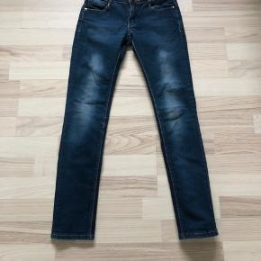 Jeans, meget flotte🕊 Køber betaler fragt