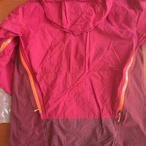 Endura Jacket MT500/ MTR brand new in the plastic