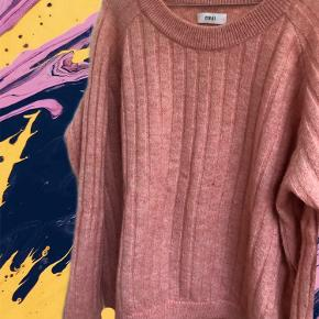 Fin Envii sweater 🍒💕