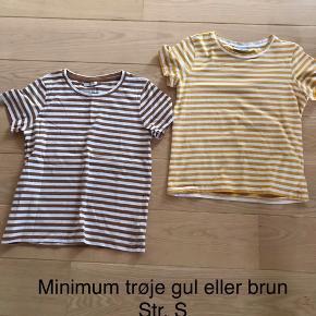 Begge trøjer sælges samlet