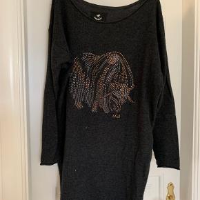Munthe plus Simonsen sweater