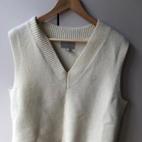 H&M Premium sweater