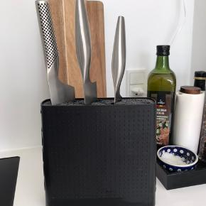 BODUM sort knivblok 20x20 cm.