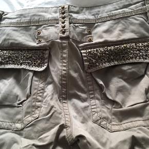 Super fede bukser i str 28