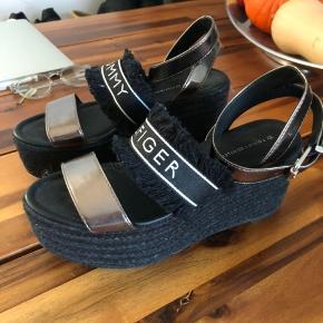 Tommy Hilfiger plateau sandaler/kilehæl/espadrillas