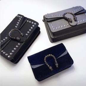 Tasker fra Muliers, brugt 1 gang hver og står som nye.Sort taske ny pris: 499 Blå taske by pris: 399