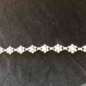 Fantastisk smuk vintage halskæde i Sterlingsølv. Stemplet Jomna Denmark.  Længde 37cm Vægt 30g