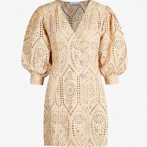 Ganni kjole