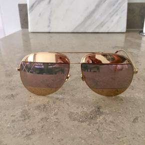 Super flotte Christian Dior solbriller inkl etui og æske. Ingen ridser. Gyldent spejl og rosa glas. Nypris 3200kr