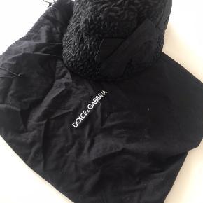 Meget fin str 57,  sort uld/polyester med silke